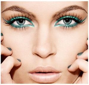 maquiagem-delineador-azul