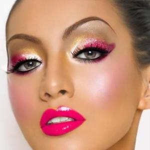 maquiagens-para-o-carnaval-2013-inspiracoes-310196-1