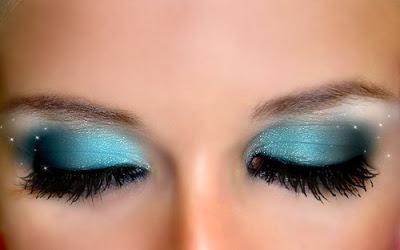 maquiagem-para-olhos-azul