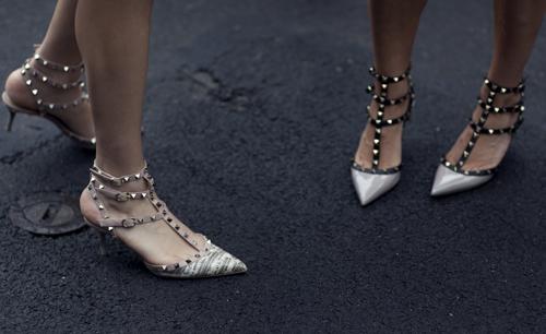 sapatos kitten heels