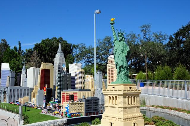 Legoland_Grand_Opening  carol birk
